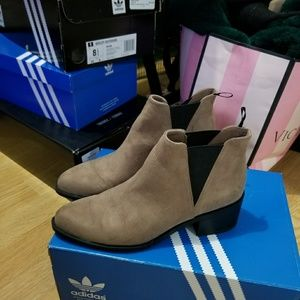 H&M Booties size 6
